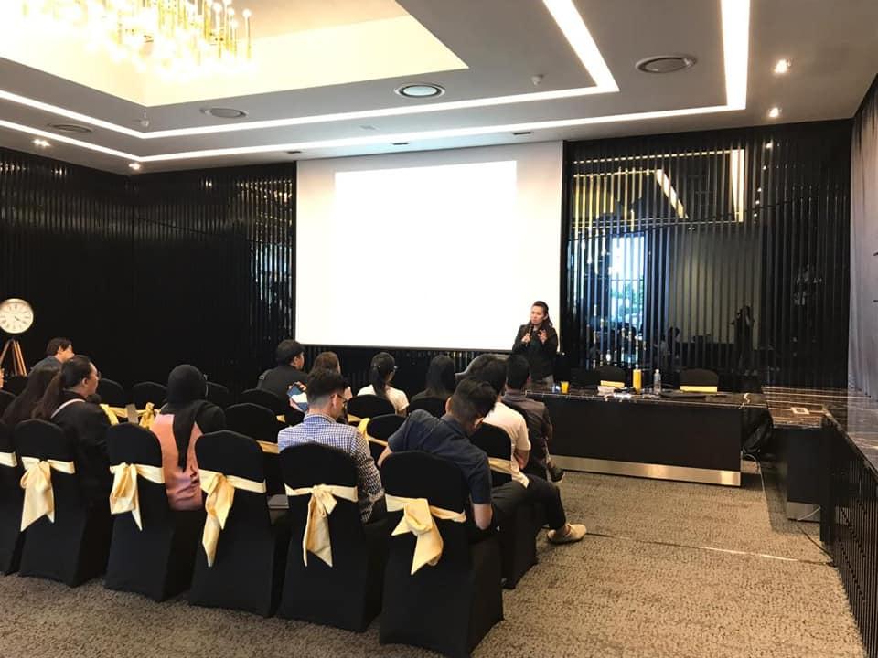 Halal Clinic Talk & Food Businessman Presentation Session
