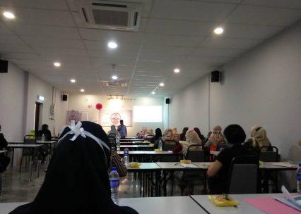 Seminar Intensif Halal